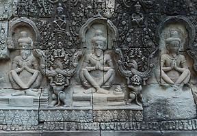 Irgendwann ereilt es jeden Angkor-Besucher: Ein Tempel sieht aus wie der andere. Wir haben sechs Tipps zusammengetragen gegen die Tempelmüdigkeit.