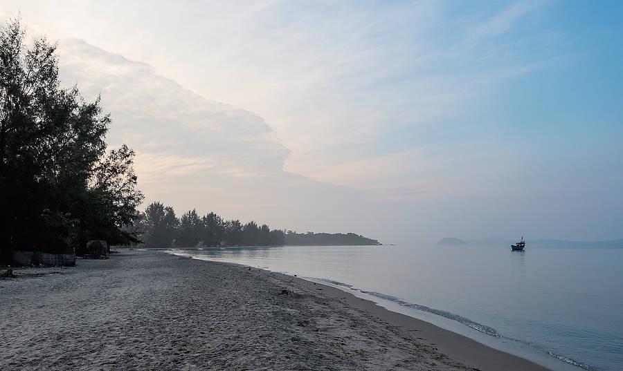 In den abgelegenen Winkeln von Sihanoukville und auf den vorgelagerten Inseln gibt es noch von den Horden verschonte Plätze voller Schönheit und Ruhe.