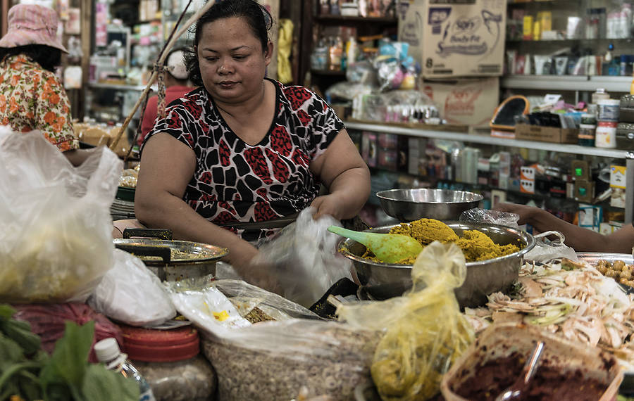 In der »Angkor Cooking Class« in Siem Reap wählt jeder Teilnehmer ein Gericht der regulären Restaurantkarte und kocht es nach. Wir haben es probiert.